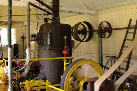 Steam farm barn engine