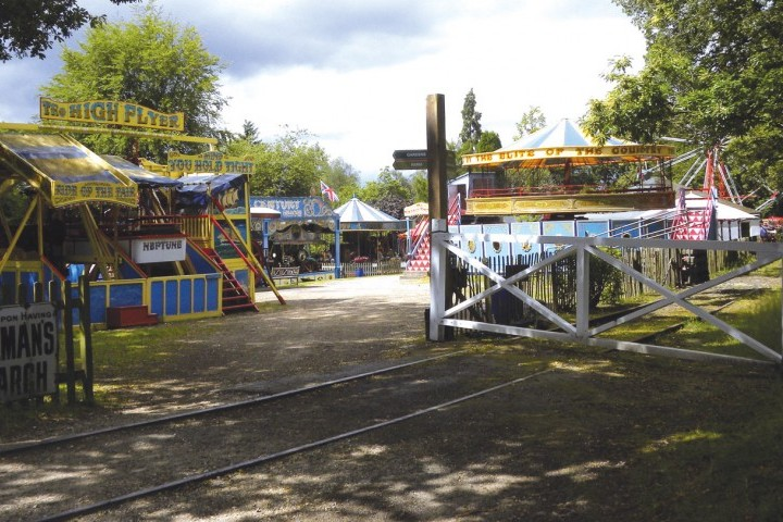 Hollycombe fairground