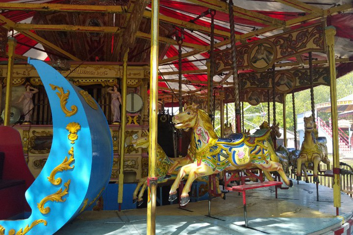 Golden Gallopers at Hollycombe Steam in the Country